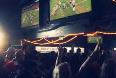 Best LA Sports Bars for Watching Superbowl 50 in Los Angeles